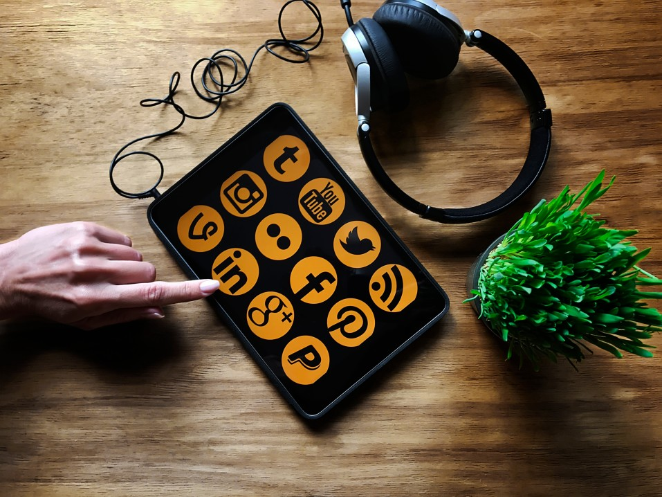 Tips on managing your social media presence